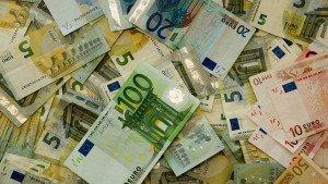 money-482596_960_720